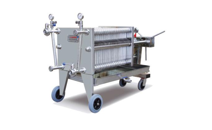 Filtri-pressa-a-piastre-e-cartoni-succhi-sciroppi-spadoni-meccanica-italia